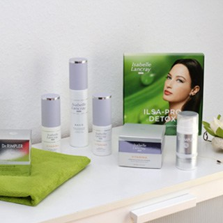 Kosmetik-Behandlungen